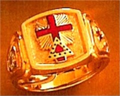 Wefferling Berry Knights Templar Ring 10K or 14K Gold, Solid Back #1525